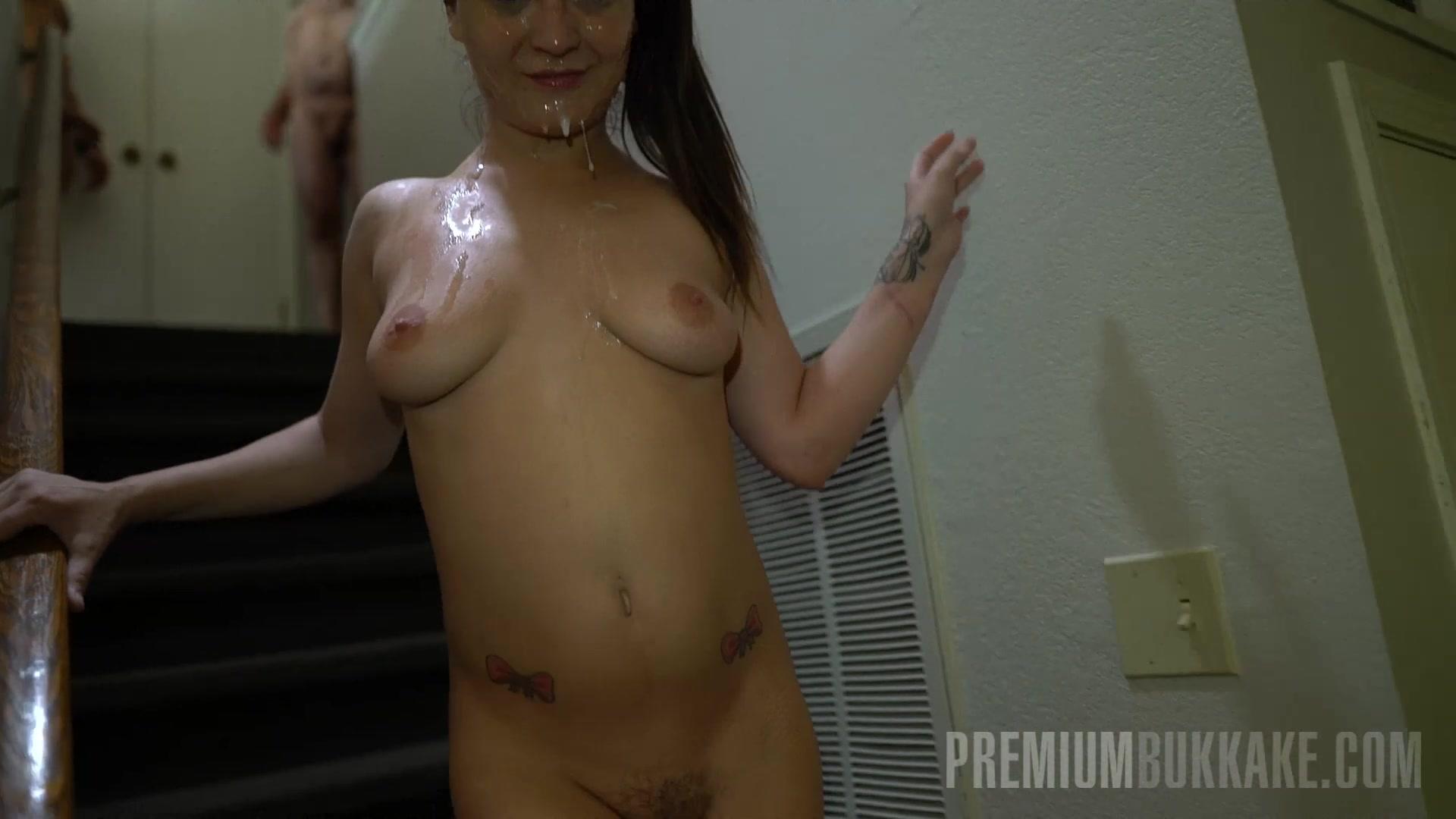 Avril lavigne pussy naked